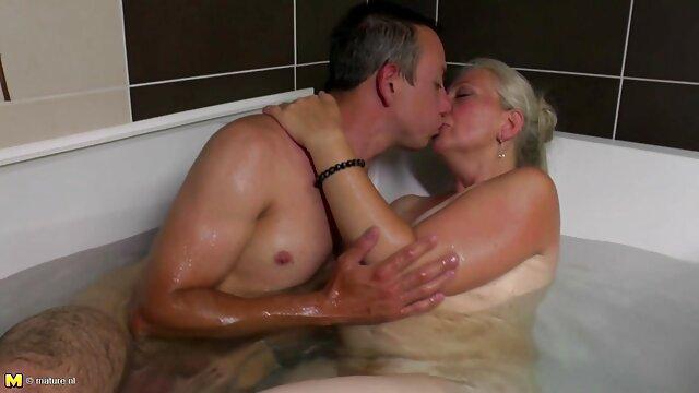 XXX sin registro  Rubias videos de argentinas desnudas calientes como acción 4 contra 4