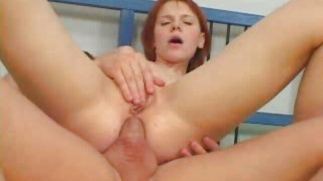 XXX sin registro  Lesbianas porno argentina tetona amateur con strapon