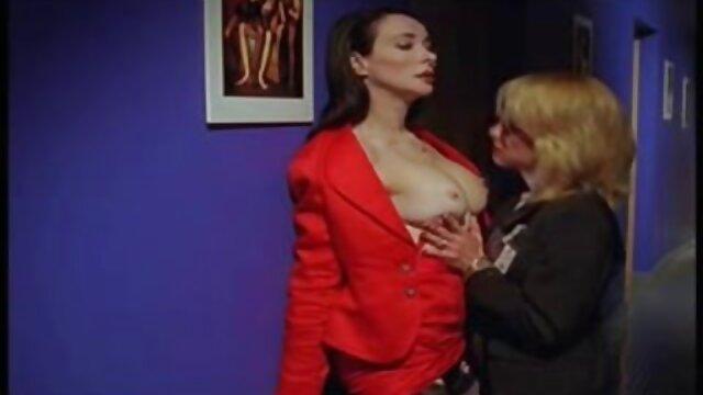 XXX sin registro  Ella está haciendo una mamada como una porno buenos aires verdadera puta
