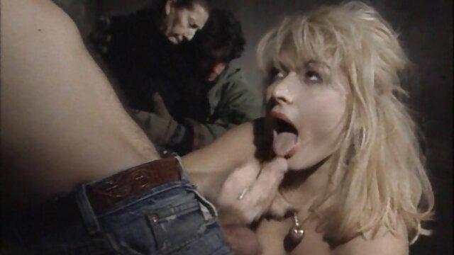 XXX sin registro  Milf alemana de grandes tetas naturales se la mete videos pornos de famosa argentina duro por el culo