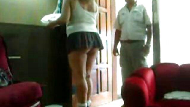 XXX sin registro  Chicas sexy en bikini se burlan de chicos videos porno hd argentina durante un paseo en barco
