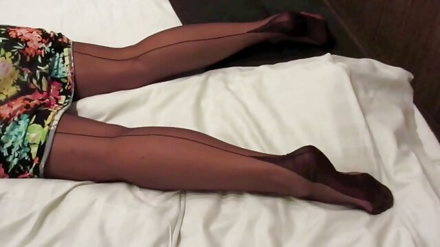 XXX sin registro  Increíble adolescente argentina amateur sex te tiene en un dominio absoluto