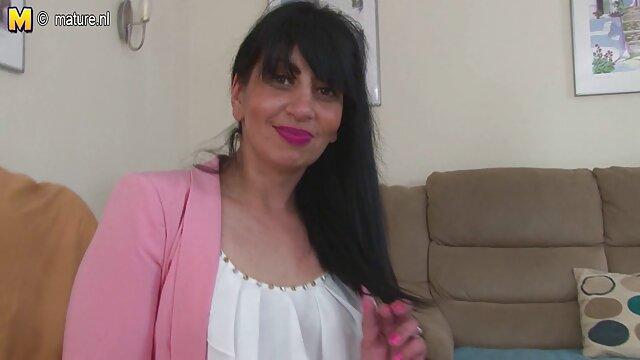 XXX sin registro  Loona toma una video sexo famosas argentinas BBC en su culo latino