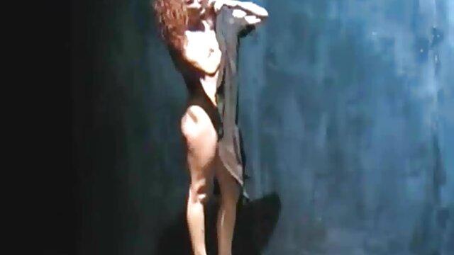 XXX sin registro  Pelirroja ardiente argentinas follando en goma tortura a novia cachonda