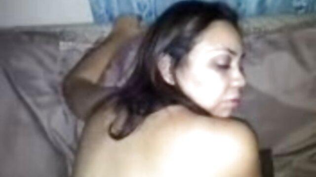 XXX sin registro  Viejo sucio parte 2 video prohibido de argentinas famosas
