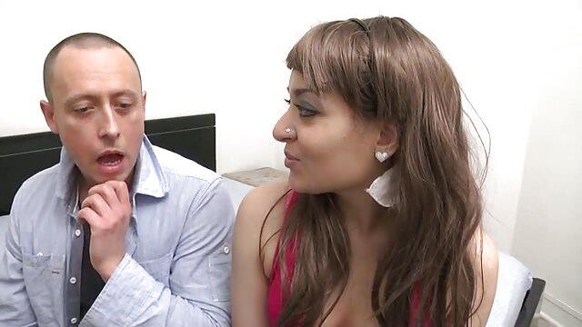 XXX sin registro  Upskirt griego compilación 11 mejores actrices porno argentinas